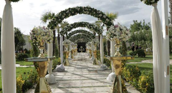 برگزاری مراسم عروسی در باغ مختلط